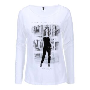 Bílé tričko s potiskem Madonna Sharada 6f254bfb40