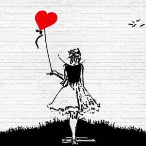 Posters Fototapeta Brick Wall Heart Balloon Girl Graffiti 254x184 cm - 115g/m2 Paper - Posters