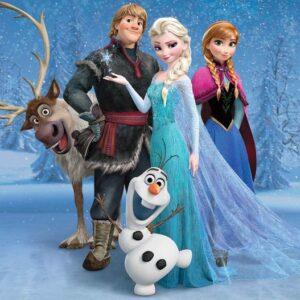 Posters Fototapeta Disney Frozen Elsa Anna Olaf Sven 368x254 cm - 115g/m2 Paper - Posters